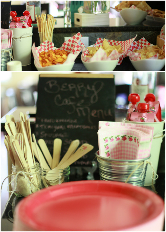 Picnic details - Strawberry Shortcake