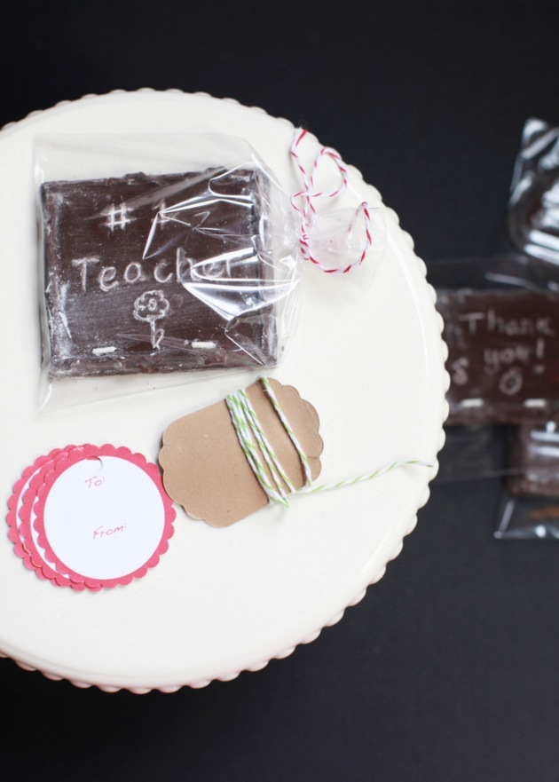 DIY Chocolate Chalkboards | Posh Little Designs