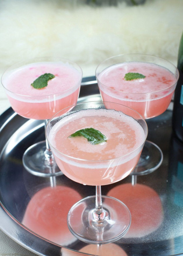 Rhubarb Délice Mimosas | Posh Little Designs