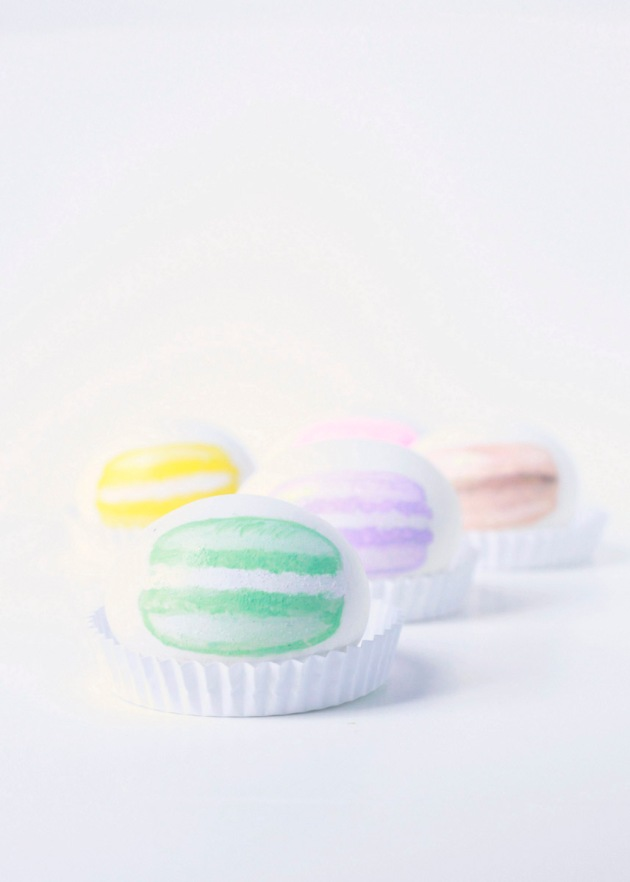 Macaron Painted Easter Eggs | Posh Little Designs
