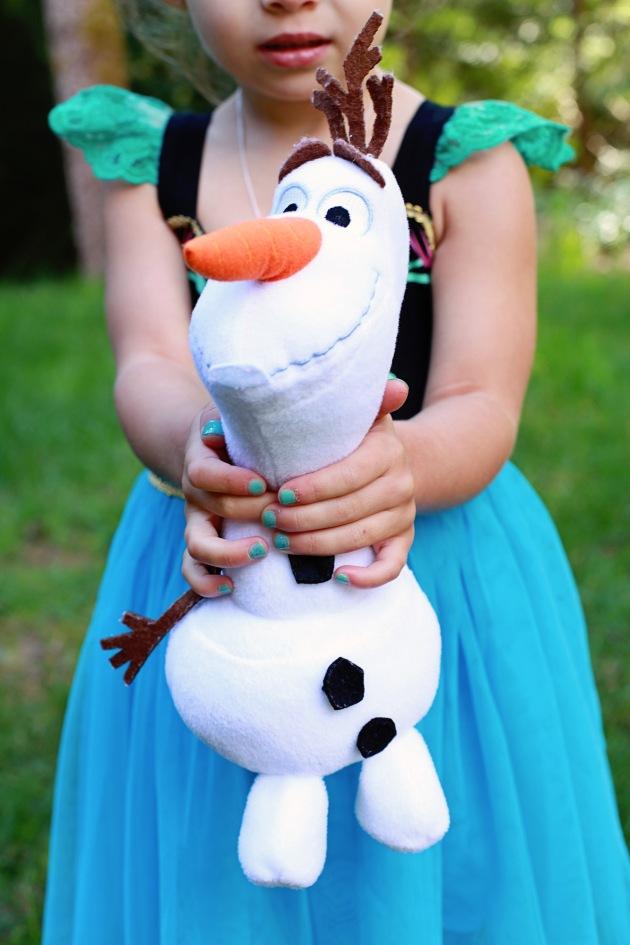 Frozen | Posh Little Designs